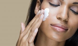moisturizer 300x180 When to Apply Sunscreen